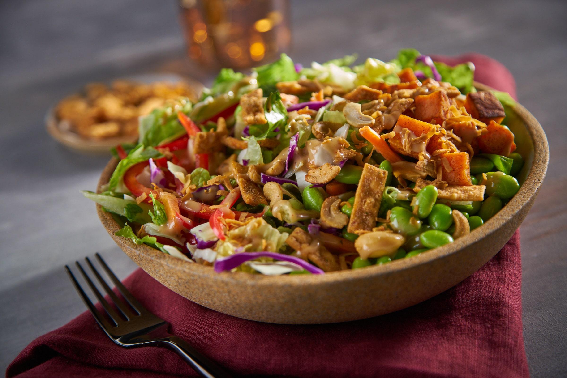 Thai 'N' Cashews Crunchy Nut Salad